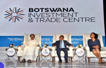 Visit of HVPI Shri M. Venkaiah Naidu to Botswana from 31.10.2018 to 2.11.2018      ( At Global Expo)