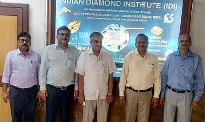 H.E. Dr. Ketan Shukla, High Commissioner of India to Botswana (Centre) with Mr. Samir Joshi, Executive Director (2nd left), Indian Diamond Institue, Surat, Mr. Dinesh Navadia, Regional Chairman (2nd right), GJEPC, Gujarat Region, Mr. Mr. Sanjay Singh, Regional Director (right), GJEPC, Jaipur region and other dignitaries during visit to Indian Diamond Institute, Surat from 10-11 October, 2016