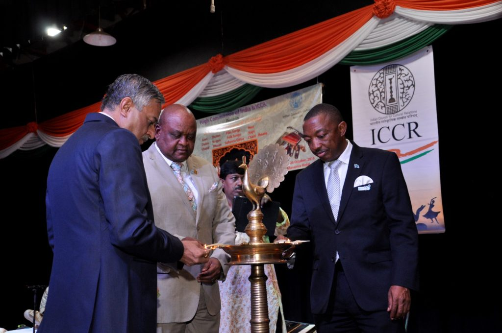 Hon. Mr. Thapelo Olopeng, Minister of Youth Empowerment, Sport and Culture Development (Right) of the Republic of Botswana, Hon. Mr. Dikgang Makgalemele, Assistant Minister of Health and Wellness (Centre) of the Republic of Botswana and H.E. Dr. Ketan Shukla, High Commissioner of India to Botswana during Lighting of Lamp on the occasion of Indian light-classical vocal concert by Ms. Shaila Hattangadi at Westwood International School on 25.10.2016
