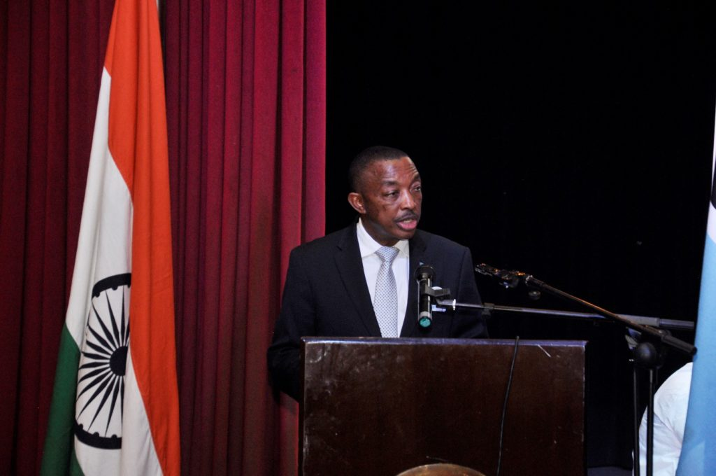 Hon. Mr. Thapelo Olopeng, Minister of Youth Empowerment, Sport and Culture Development of the Republic of Botswana delivering speech on the occasion of Indian light-classical vocal concert by Ms. Shaila Hattangadi at Westwood International School on 25.10.2016